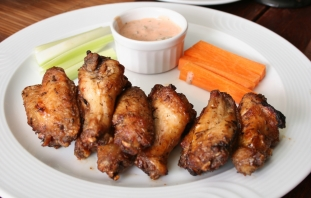 two-kinds-of-chicken-wings1