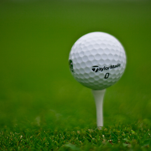 [Image: golf-ball-on-tee.jpg]