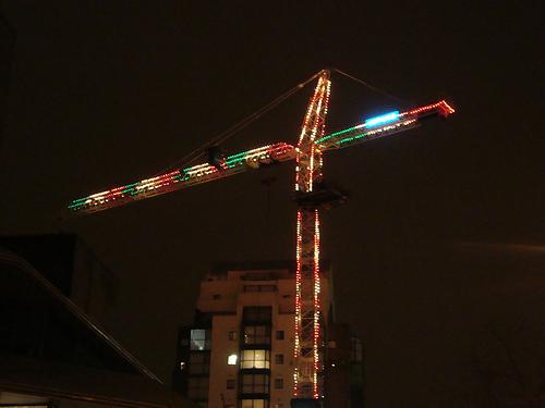 Les grues décorées - Page 2 Christmas-crane